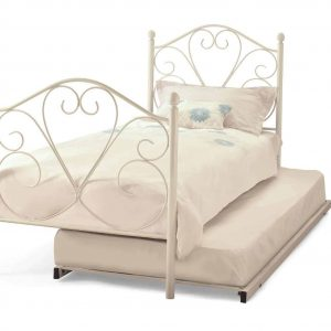 Isabelle-white-bed-guest-3