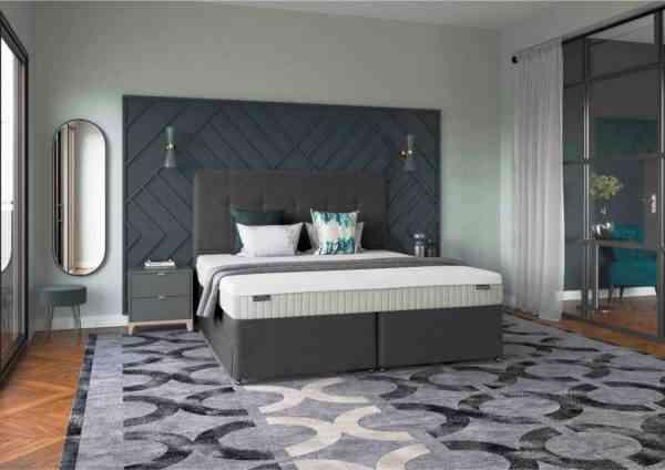 Royal-Soverign-Room-Set